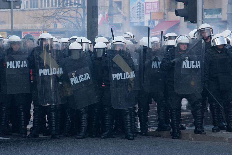 ポーランド、ワルシャワ警察